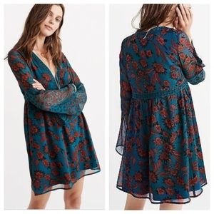 Abercrombie & Fitch Bell Sleeve Dress S